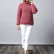 chillpinksweater