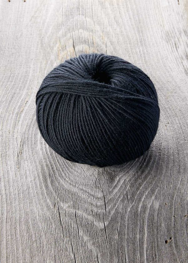 Northwest Teal Sugar Bush Yarn Bold Knitting Worsted Weight