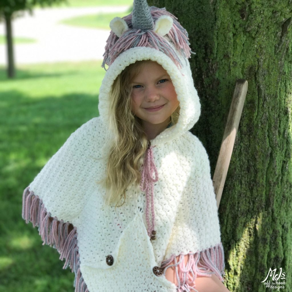 Hooded unicorn poncho1