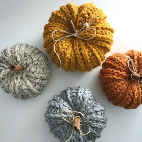 Crochet Rustic Farmhouse Pumpkins