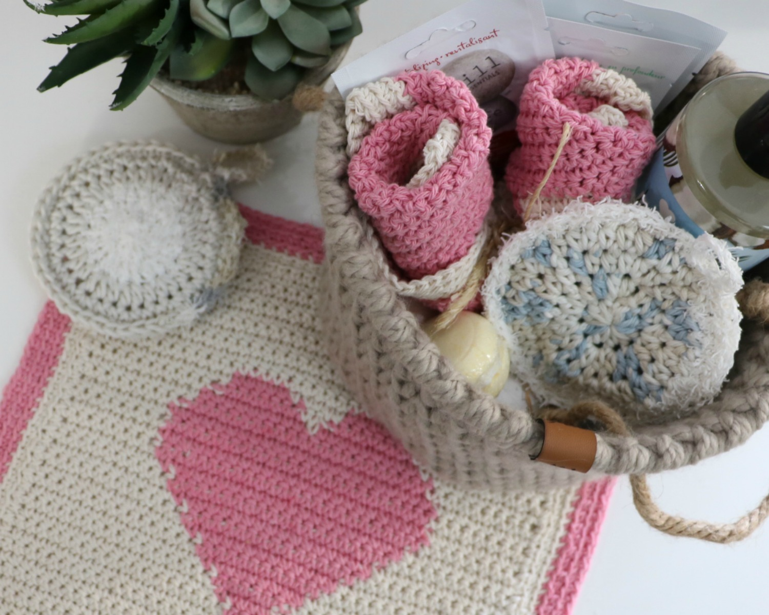 How To Crochet Bath Amp Kitchen Scrubbies Mj S Off The