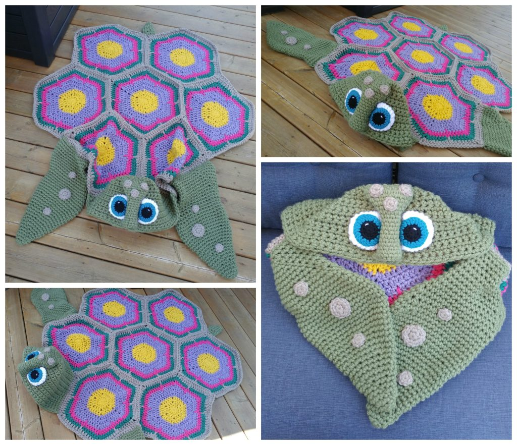 hooded sea turtle blanket