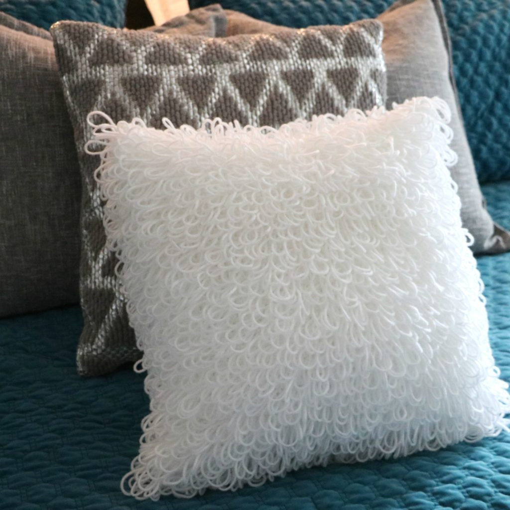 Loopy Stitch Pillow Cover