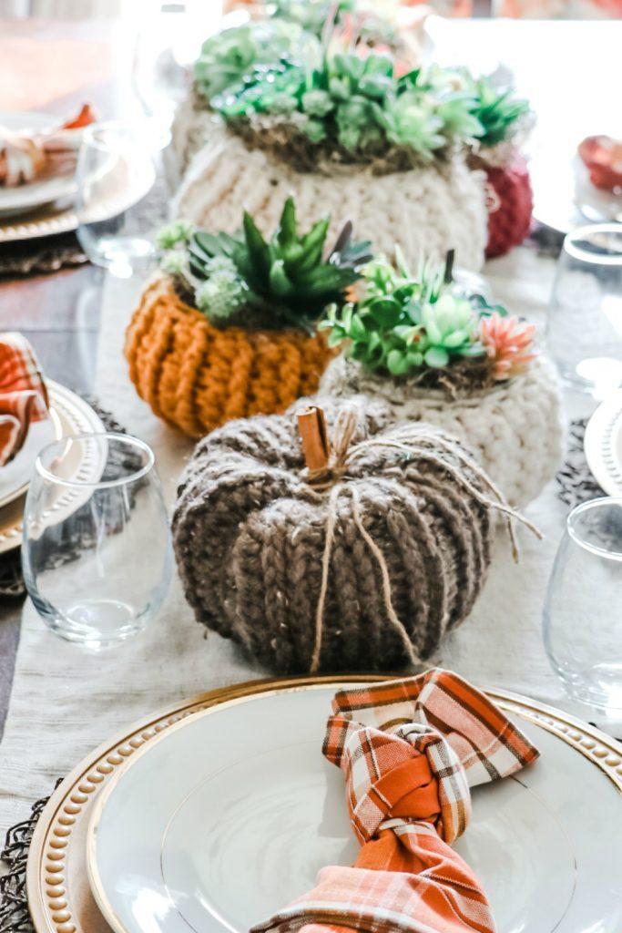 diy succulent pumpkin cozy centrepiece. Thanksgiving decor
