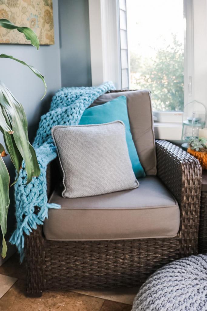 farmhouse crochet pillow