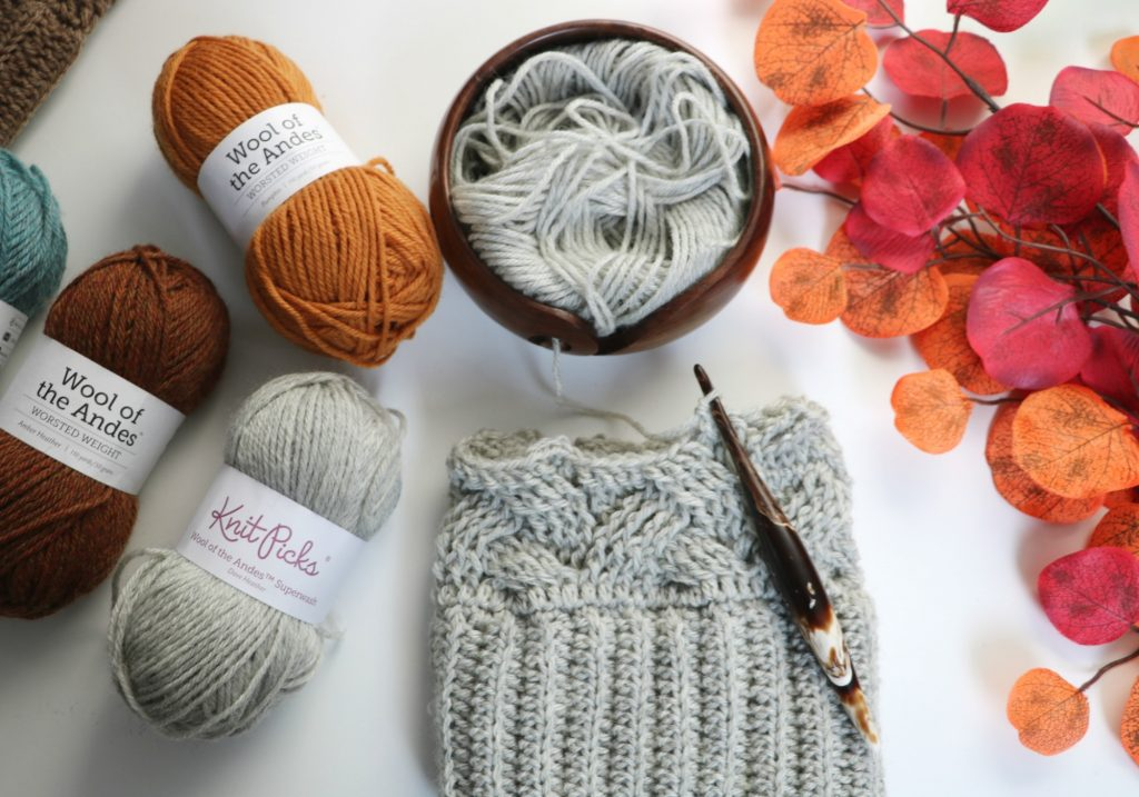 furls yarn bowl and cafe streamline swirl hook