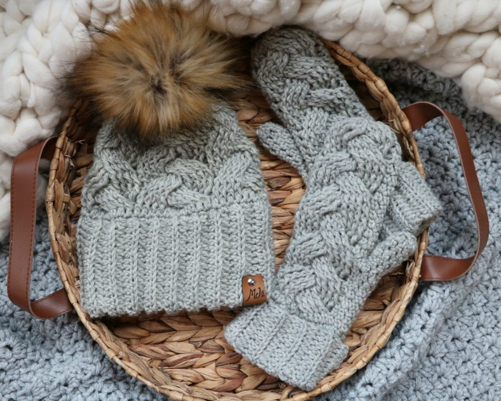 Braided Crochet Mittens and hat