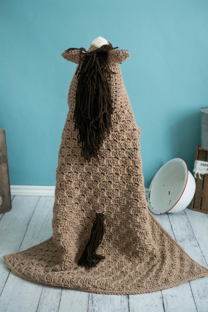 Crochet Horse Blanket